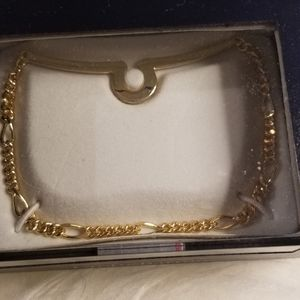 Croft and Barrow Men's gold bracelet